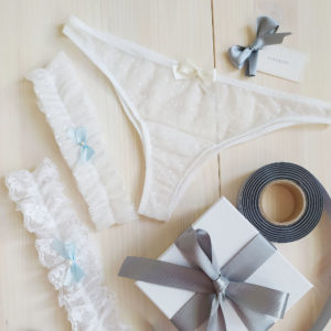 Svatební kalhotky bílé s mašličkou