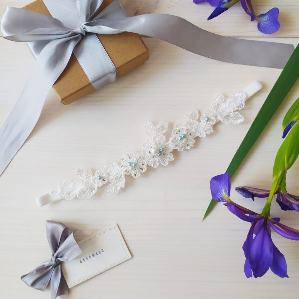 Modrý svatební podvazek