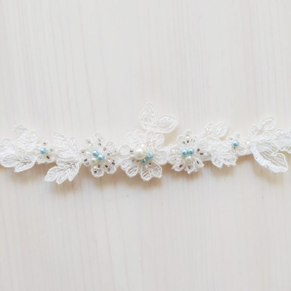 Modrý svatební podvazek krajkový